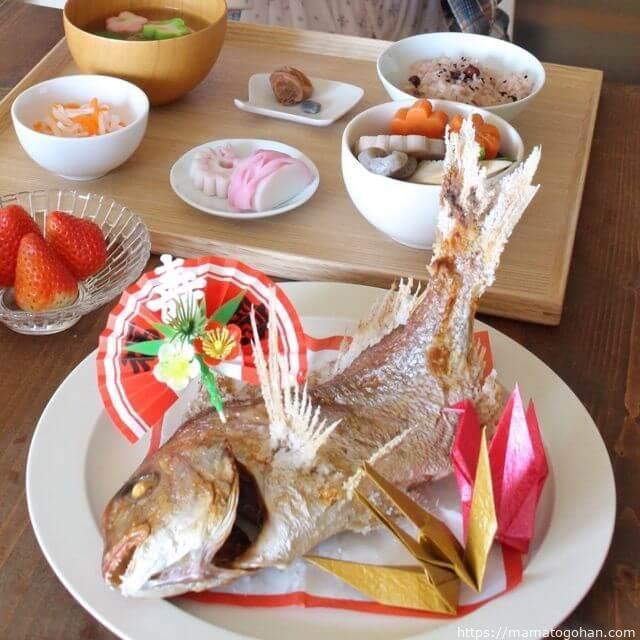 手作りお食い初め膳と焼鯛