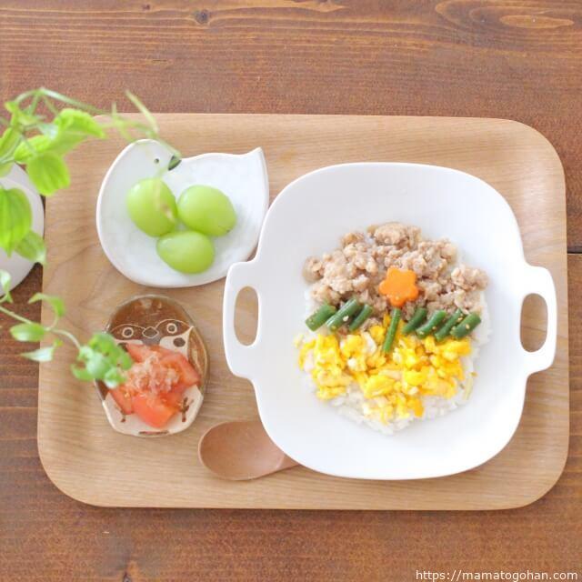 【離乳食・幼児食】レンジで完結!万能鶏そぼろと三色丼レシピ